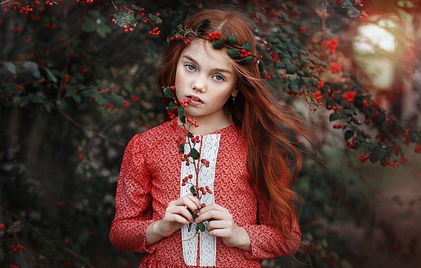 Picture look, branches, berries, sprig, mood, hair, portrait, girl, freckles, red, redhead, Pauline, freckled