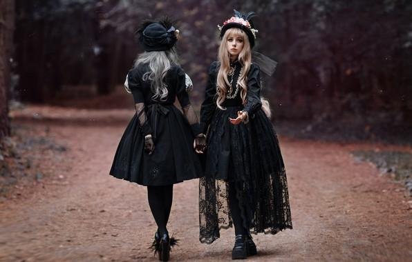 Picture road, style, hats, two girls, in black, dresses, photographer Svetlana Nicotine, Mila Rogova, Kate Kartavtsev