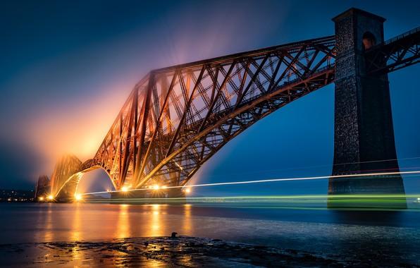 Picture Scotland, Forth Bridge, light trail