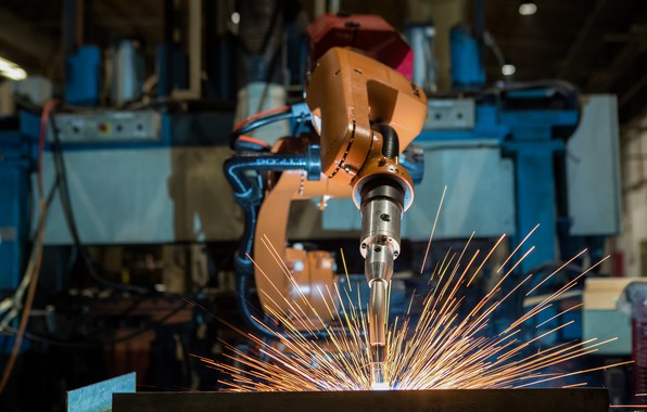 Picture precision, sparks, Robotic welding