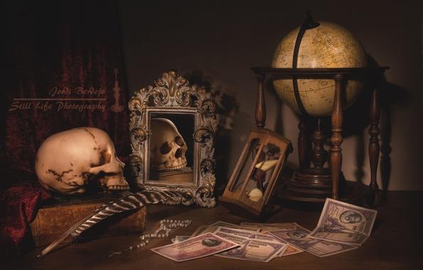 Picture pen, watch, books, skull, money, mirror, still life, globe