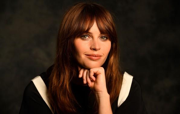 Picture smile, actress, Felicity Jones