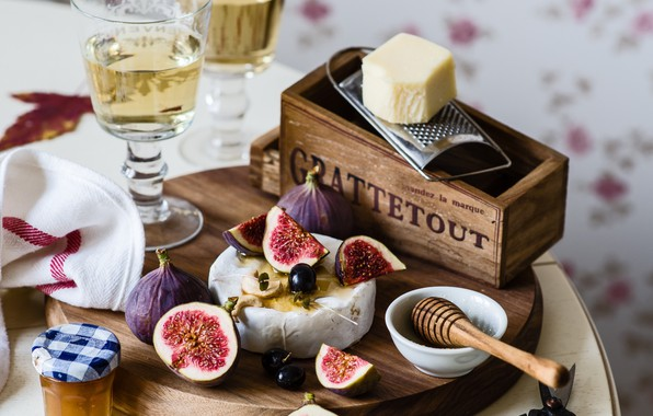Picture wine, glass, cheese, honey, figs