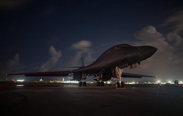 Picture Lancer, B-1B, Rockwell, strategic bomber