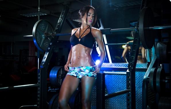 Picture brunette, pose, abs, bodybuilder