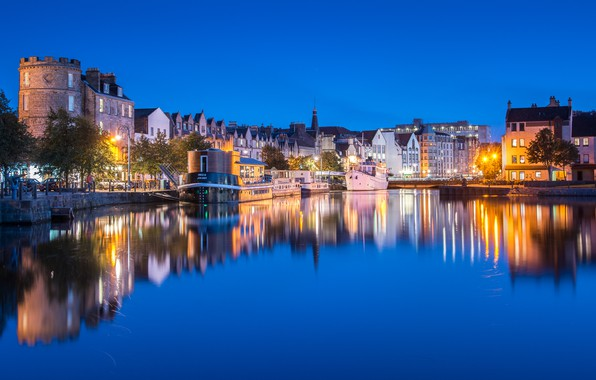 Picture the sky, water, trees, lights, reflection, river, home, the evening, pier, Scotland, lights, Edinburgh