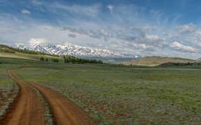 Picture mountains, the Altai mountains, And the road ryzheyu ribbon curls, the North-Chuyskiy ridge