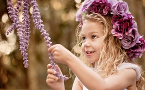 Picture joy, flowers, smile, mood, girl, wreath, child, bokeh