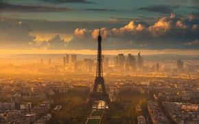 Picture the city, France, Paris, the evening