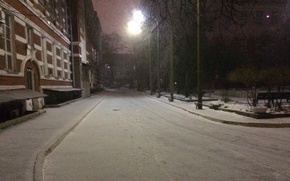 Picture road, snow, the building