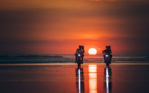 Picture sea, sunset, motorcycles, shore, beauty, pair