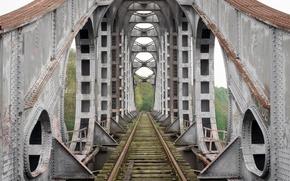 Picture road, bridge, railroad