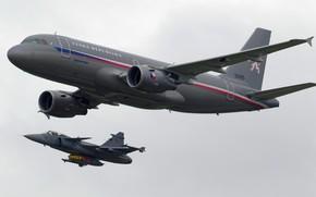 Picture flight, JAS-39C Gripen, Airbus A319CJ