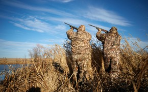 Picture ducks, hunters, hunting