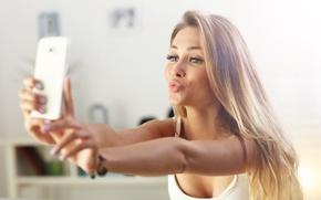 Wallpaper model, kiss, selfie