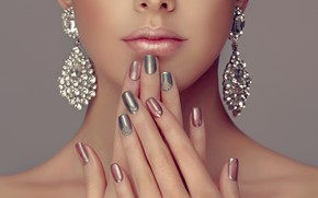 Picture girl, face, hands, lips, manicure, Sofia Zhuravets'