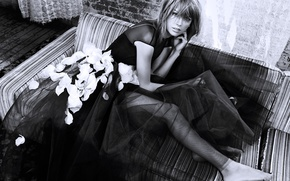 Picture girl, dress, black and white, Taylor Swift, photoshoot, Taylor Swift, Vogue