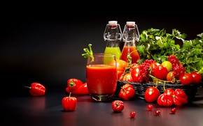 Picture greens, red, glass, berry, juice, bottle, pepper, tomato, tomatoes