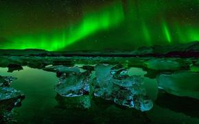 Picture ice, stars, night, Northern lights, Iceland, the glacial lagoon of Jökulsárlón