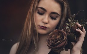 Picture girl, rose, Victoria Casanova