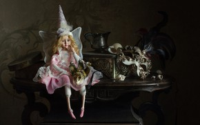 Picture doll, mask, fairy