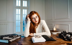 Picture Girl, Figure, Look, Glasses, Girl, The camera, Eyes, Door, Red, Eyes, Redhead, Books, Glasses, Look, …