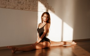 Picture pose, Daria Lobova, twine, wall, on the floor, swimsuit, Alexander Sasin, Dasha