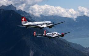 Picture DC-3, Beech 18, passenger planes