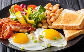 Picture bread, pepper, scrambled eggs, vegetables, bacon, beans