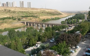 Picture turkey, ten-arch Bridge, diyarbakir, Dicle river, Ten-eyed bridge