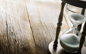 Picture Wood, sand, table, clock, hourglass