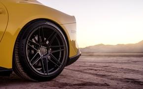 Picture wheel, disk, yellow, The Ferrari F12