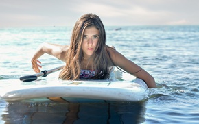 Picture sea, girl, face, surfing, Board, beauty