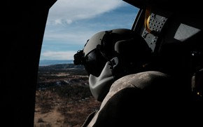 Picture soldiers, helicopter, helmet