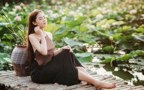 Picture girl, pond, Asian