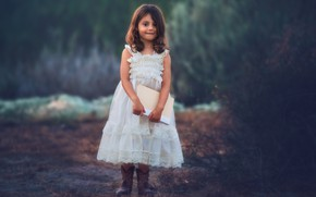 Picture dress, girl, book, Edie Layland, Blue Dusk