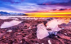 Picture ice, winter, the sky, color, clouds, sunset, mountains, shore, ice, ice, bright, Iceland, pond, colorful