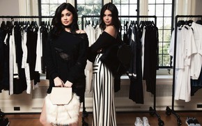 Picture sisters, Kylie Jenner, Kendall Jenner