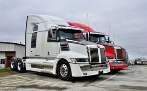Picture red, white, western star, 5700xe