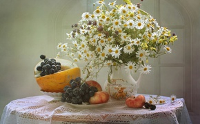 Picture chamomile, bouquet, grapes, pitcher, peach, melon