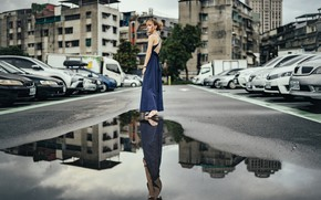 Picture girl, street, puddle