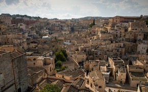 Picture the sky, the sun, clouds, trees, home, roof, Italy, the view from the top, Matera