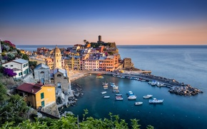 Picture sea, coast, building, home, boats, Italy, Italy, The Ligurian sea, harbour, Vernazza, Vernazza, Cinque Terre, ...