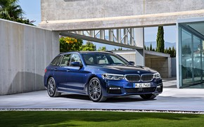 Picture grass, lawn, the building, BMW, Parking, universal, xDrive, Touring, 530d, 5, dark blue, 2017, 5-series, …