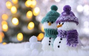 Picture macro, scarf, snowmen, cap, bokeh, snowballs