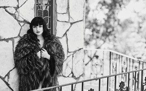 Picture look, girl, photo, coat, black and white, Ariel Winter