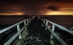 Picture sea, bridge, night