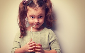 Picture mood, juice, girl, juice, beautiful, child, facial expressions, Little girl