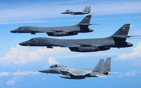 Picture the sky, flight, F-15s, Rockwell B-1B Lancers