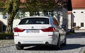 Picture white, tree, lawn, street, vegetation, home, pavers, BMW, rear view, bridge, universal, Touring, 5, 520d, …
